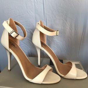 Classy Pamela white heels